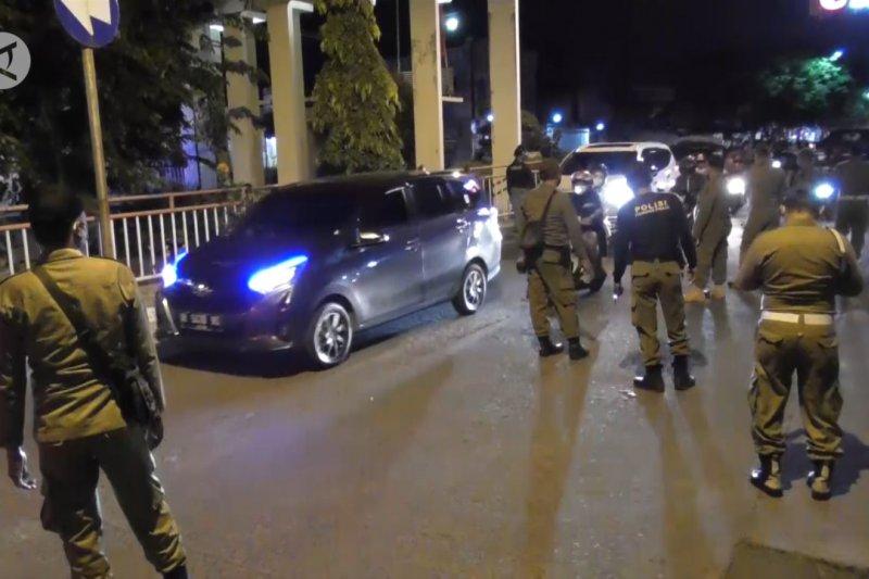Ganjar Pranowo ajak seluruh daerah di Jateng terapkan PPKM
