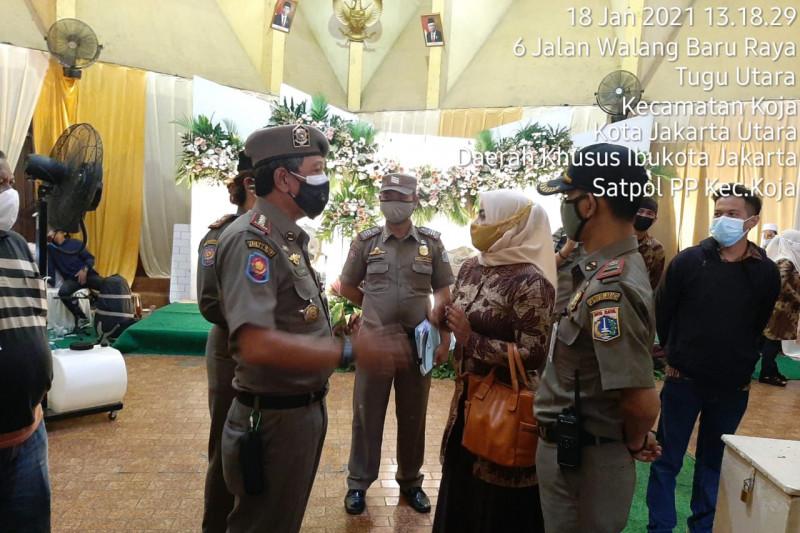 Jakarta Utara bubarkan resepsi pernikahan pelanggar PSBB