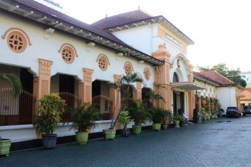 "Sebelas pegawai positif COVID-19,  PN Surabaya ""lock down"""