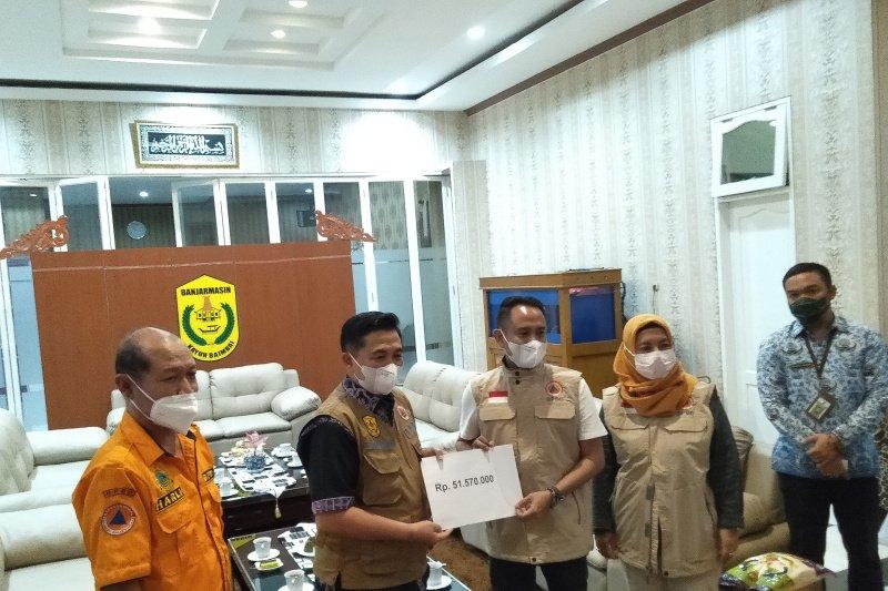 Wali Kota Palangka Raya bawa tiga truk bantuan untuk Banjarmasin