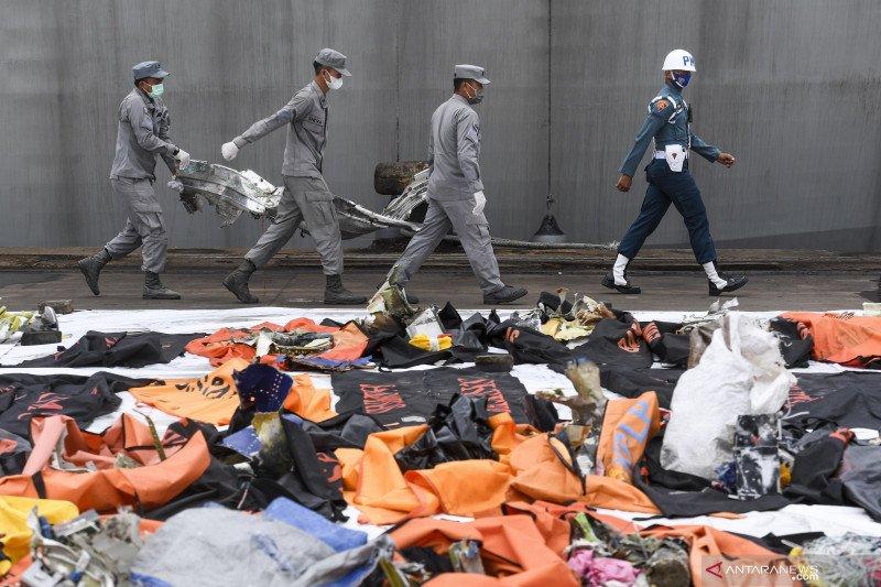 Kemarin, Putusan banding Jrx hingga 310 kantong jenazah korban SJ-182