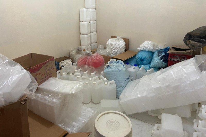 Bareskrim ungkap produksi dan peredaran kosmetika ilegal di Jakut