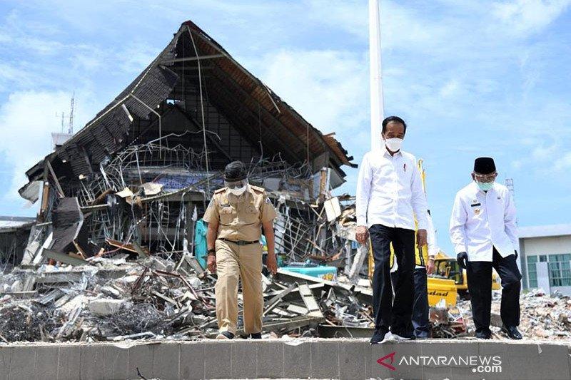 Presiden pastikan rumah rusak akibat gempa di Sulbar dapat bantuan