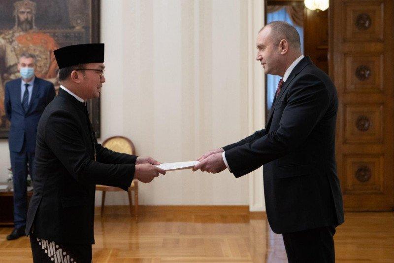 Dubes RI sampaikan surat kepercayaan ke Presiden Bulgaria