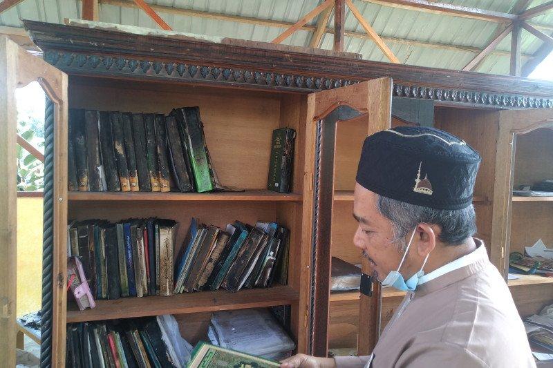 Pascaterbakar, bantuan ke Pesantren Cahaya Islam Payakumbuh mengalir