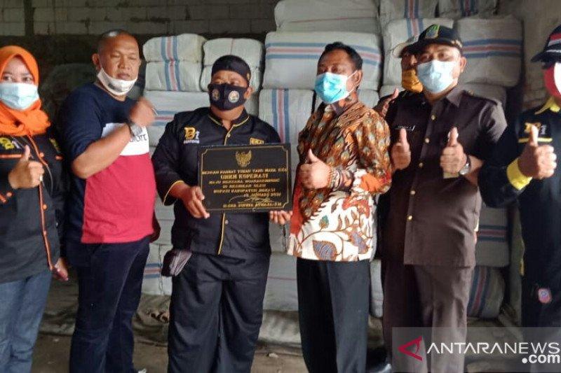 Usaha rumput laut Bekasi bertahan di tengah pandemi