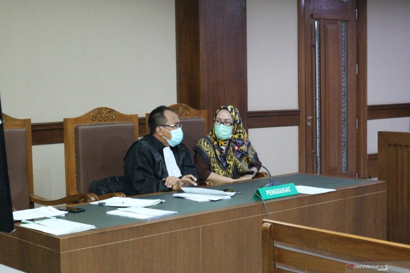 Sidang PK Ratu Atut terus bergulir di pengadilan
