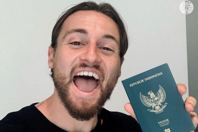 Marc Klok bahagia dapatkan paspor Indonesia