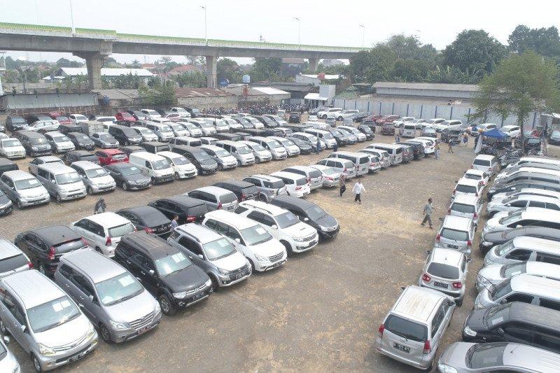 Kemarin, DP 0 persen di mobil bekas sampai gowes di Borobudur