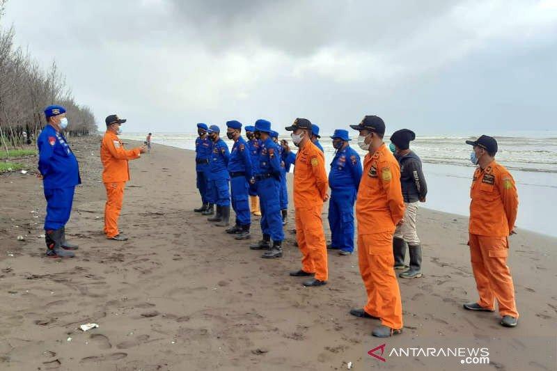 Enam awak kapal pandu mengalami kecelakaan di perairan Pemalang