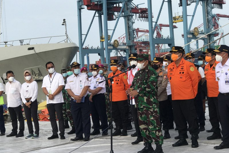TNI AL dukung operasi lanjutan pencarian pesawat SJ 182