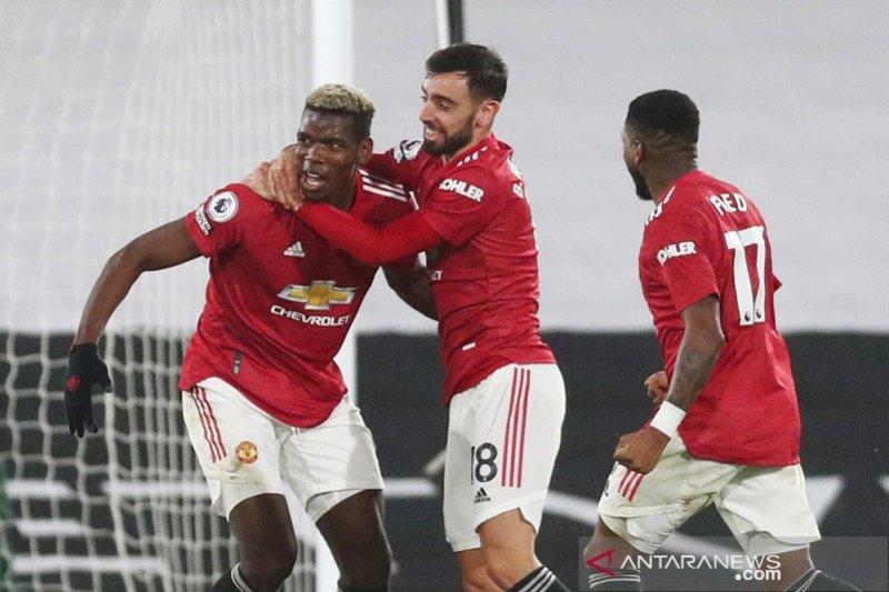 Pogba kembali antar Manchester United ke puncak klasemen