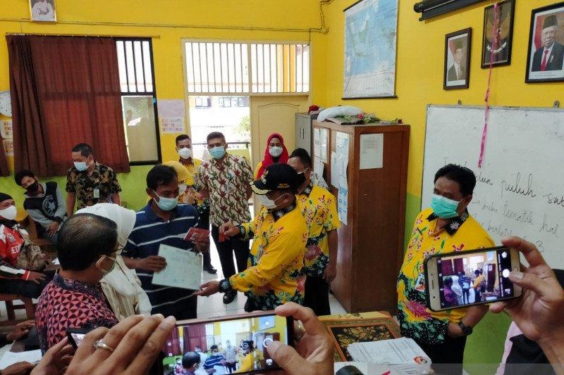2.000 KPM di Kelurahan Kembangan Utara terima BST