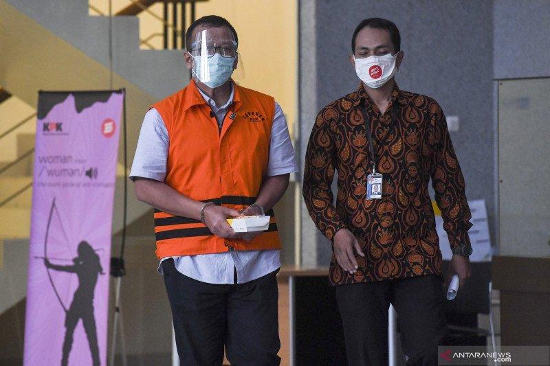 Edhy Prabowo mengeluh tidak dapat bertemu keluarganya