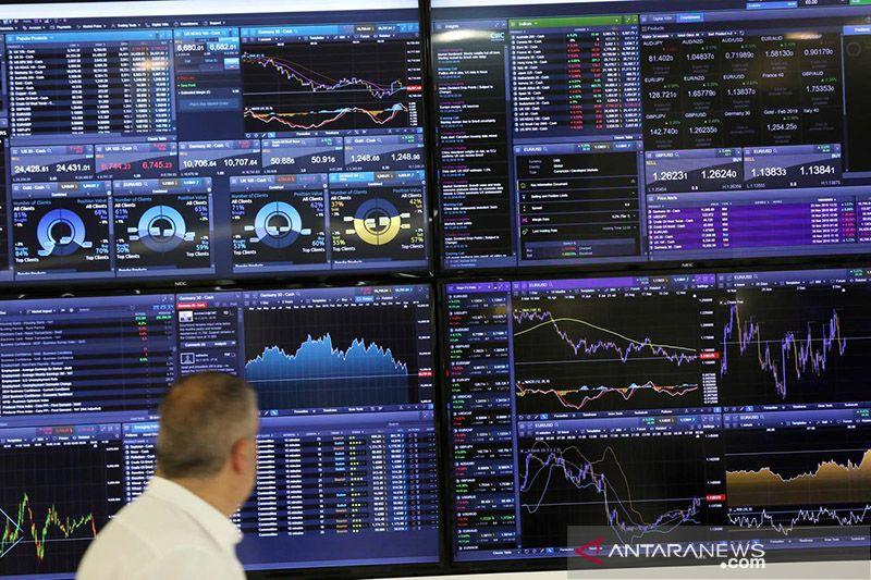 Saham Inggris balik melemah, indeks FTSE 100 terpangkas 1,30 persen