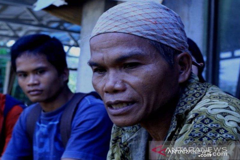 Satu keluarga tertimbun longsor di Hulu Sungai Tengah Kalsel