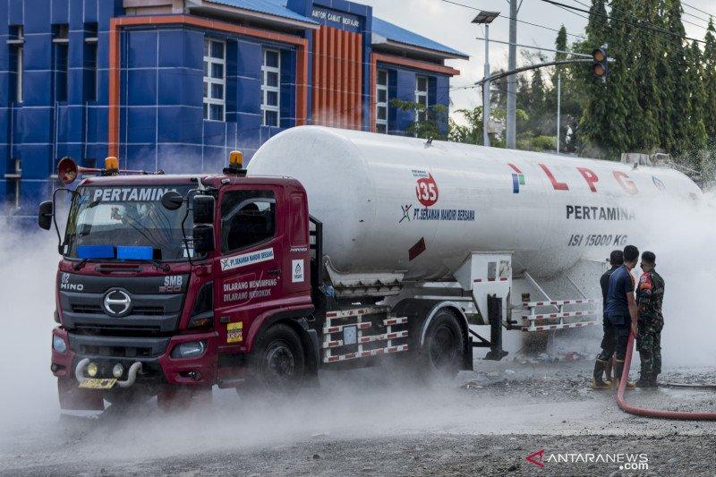 Truk pembawa LPG Pertamina mengalami kebocoran tangki di Pidie