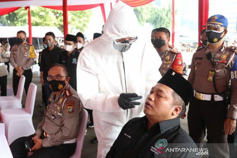 Pagar Nusa dan Polda Metro Jaya adakan swab antigen untuk 500 polisi