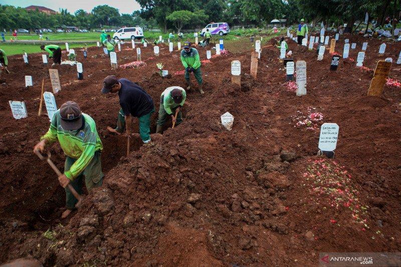 Jakarta sepekan, bantahan pengecilan makam hingga