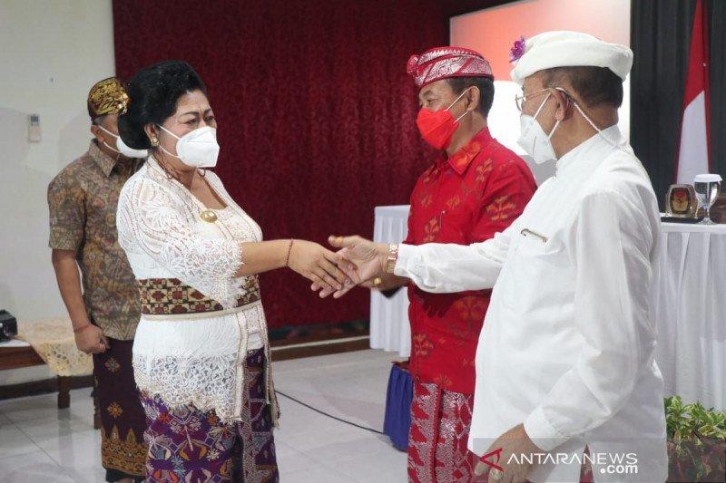 Meski kalah, Mas Sumatri hadiri penetapan paslon terpilih
