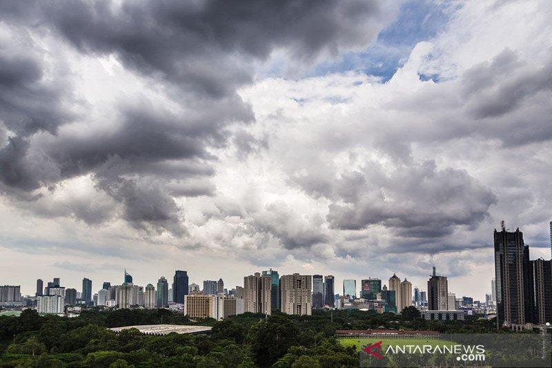 Jakarta berawan sepanjang hari ini