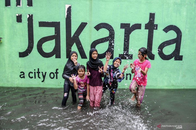 Hujan ringan terjadi di seluruh wilayah Jakarta pagi ini