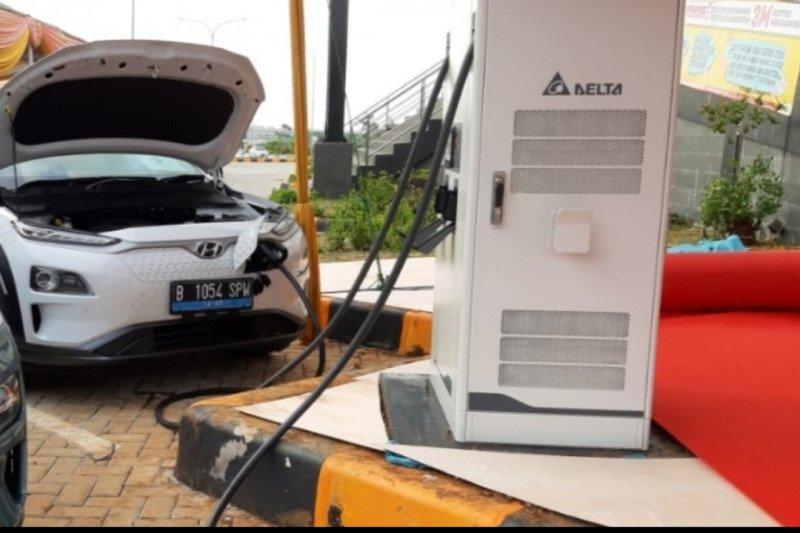 IESR: Kendaraan listrik perlu dukungan pengembangan ekosistemnya