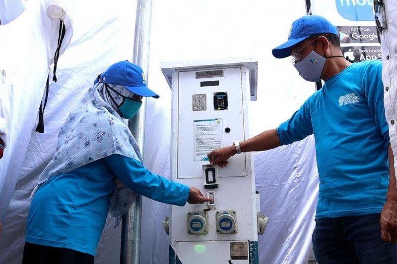 371 pelanggan PLN NTB di Pulau Maringkik migrasi ke prabayar