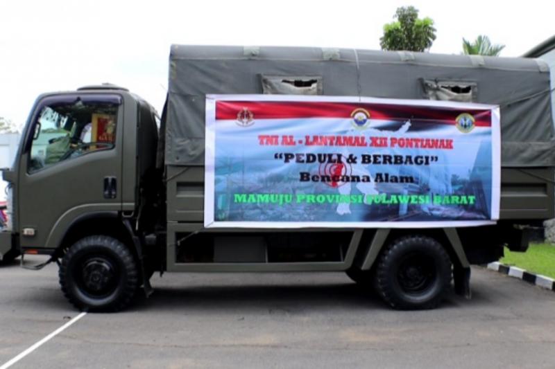 Lantamal XII Pontianak salurkan bantuan 10 ton beras ke Sulawesi Barat