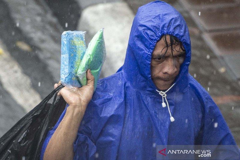 Waspada cuaca ekstrem saat puncak musim hujan