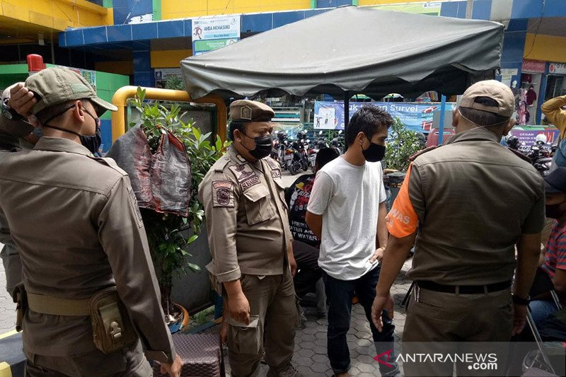 Pemkot Jaksel tindak 4.427 warga yang tak pakai masker saat PPKM