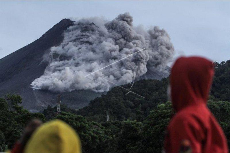 BPBD Sleman evakuasi warga Dusun Turgo ke barak Purwobinangun