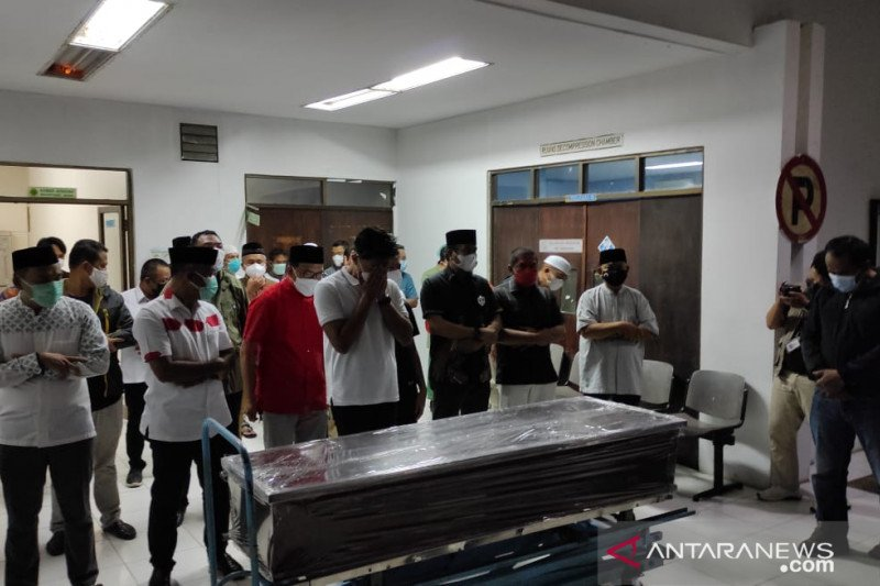 Jenazah Wakil Wali Kota Balikpapan terpilih disucikan-disholatkan