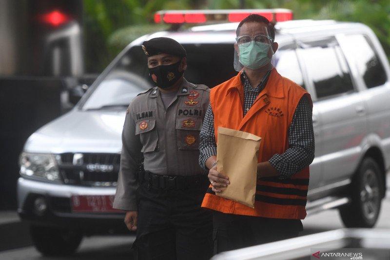 Juliari Batubara perintah anak buah pungut Rp10 ribu per paket bansos