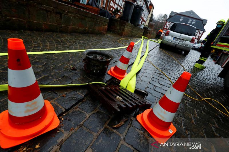 Banjir landa Eropa, sedikitnya 33 orang tewas