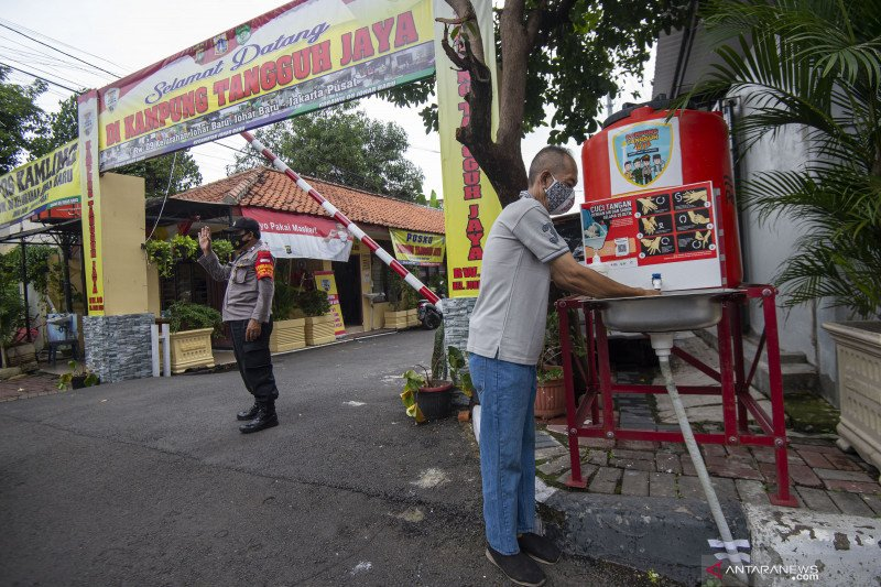 Wagub DKI apresiasi Kampung Tangguh Jaya untuk menekan kasus COVID-19