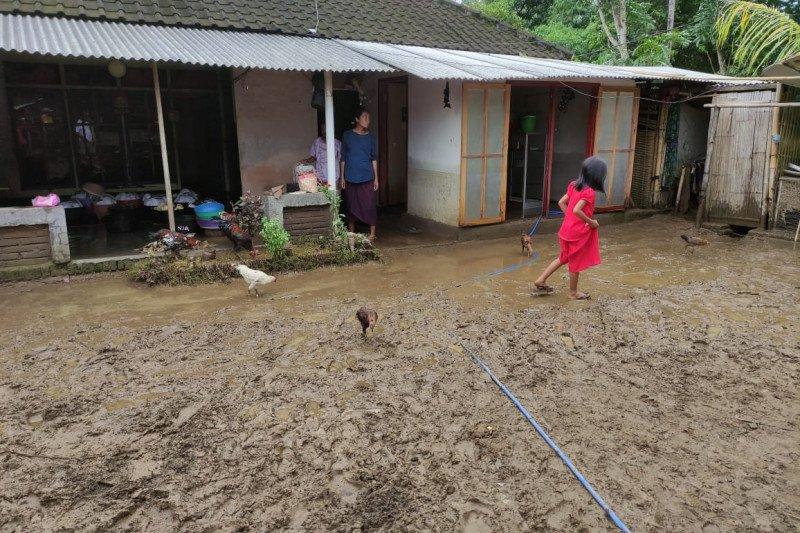 ACT distribusikan makanan siap santap untuk korban banjir di Lombok