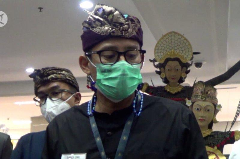 Berkantor di Bali, Sandiaga Uno bahas konsep datangkan wisman