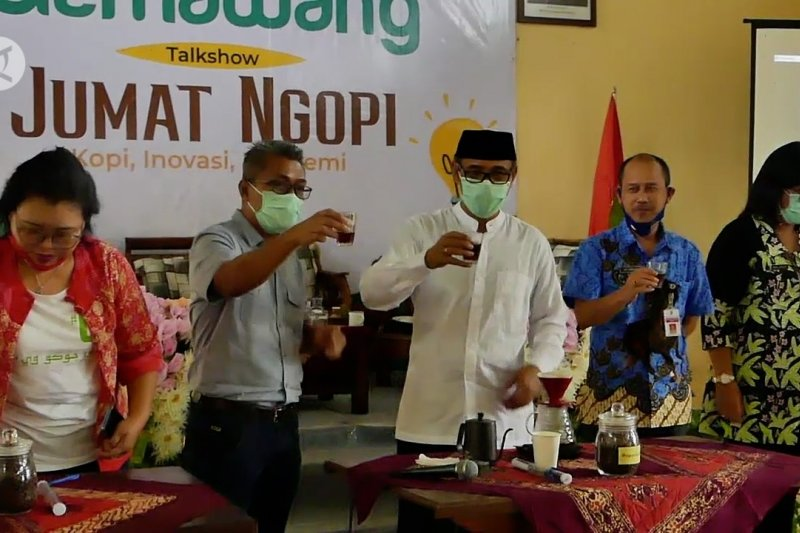 Kemendes PDTT dorong peningkatan kualitas pengolahan kopi Temanggung