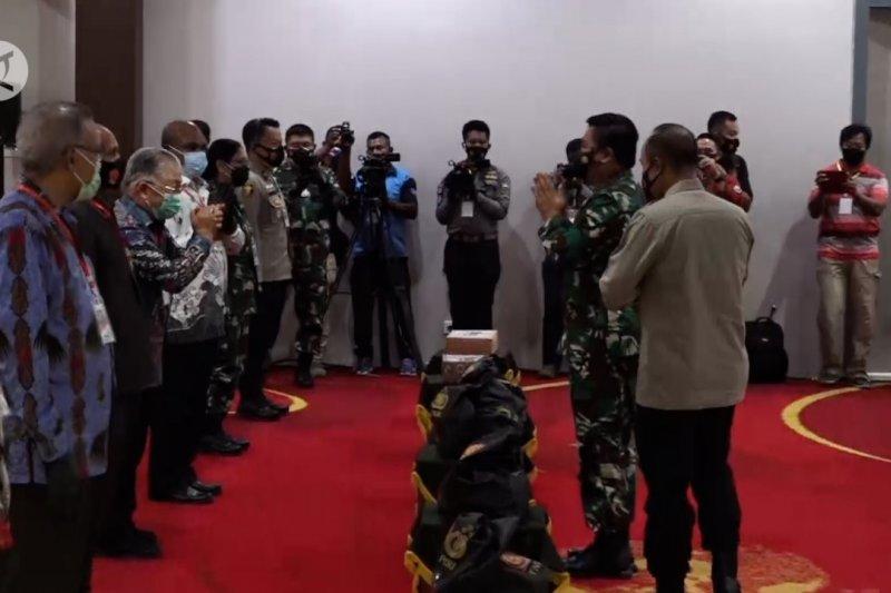 Panglima TNI bertemu tokoh di Papua