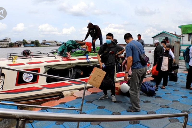 Razia COVID-19 bagi pelaku perjalanan asal Kabupaten Kayong Utara