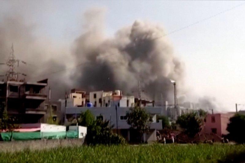 Kebakaran besar di lokasi pembangunan Institut Serum India