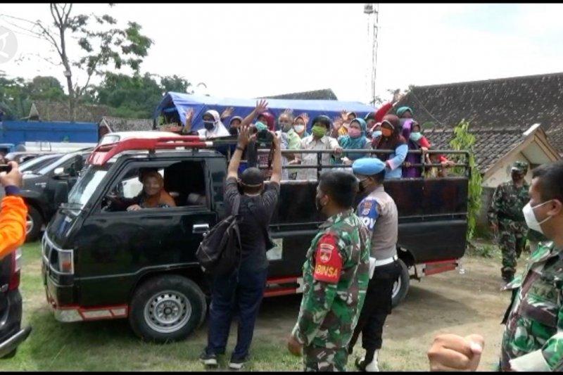 Pemkab Sleman pulangkan pengungsi Merapi