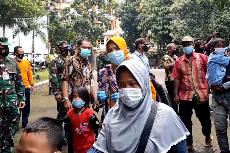 54 Pengungsi korban gempa Sulbar tiba di Solo