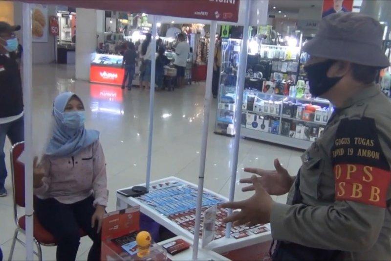 Pemkot Ambon sosialisasikan penerapan prokes di mal