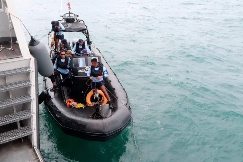 Komponen kotak hitam Sriwijaya Air belum ditemukan