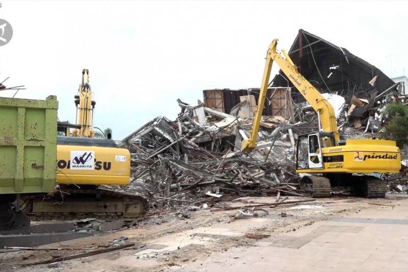 Basarnas: Korban gempa Sulbar bertambah total 84 orang