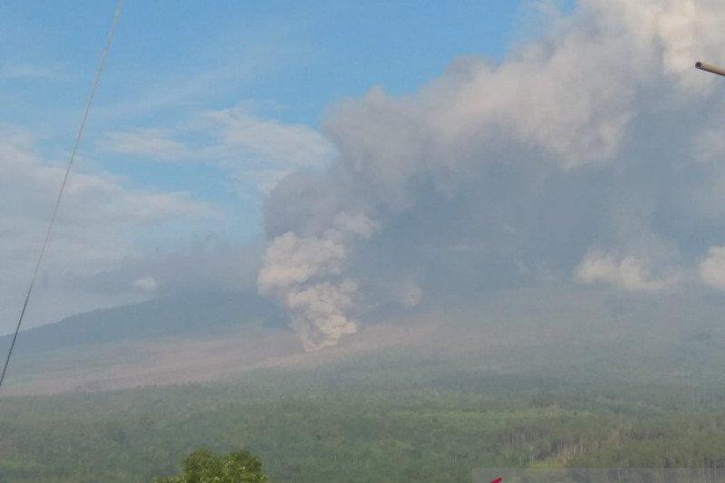Enam desa di Lumajang terdampak abu vulkanik Gunung Semeru