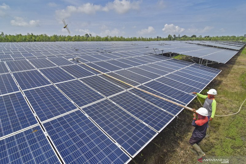 Deltamas Solusindo bantu pengerjaan proyek PLTS komunal di NTT