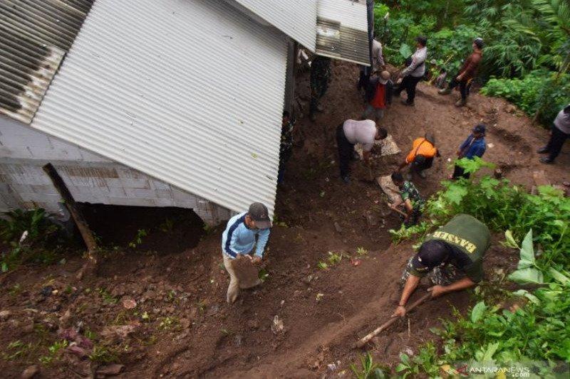 BMKG ingatkan potensi banjir di 25 wilayah Jatim